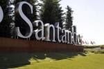 La Guardia Civil registra la sede central del banco Santander.