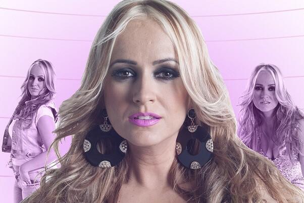 La mejor rumba flamenca llega con La Húngara presentando en directo su nuevo disco 'Te como la cara'.