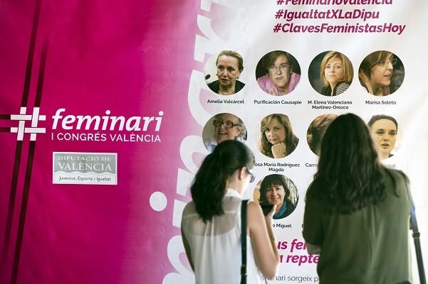 La presidenta de la Fundación Mujeres apunta al feminismo como un instrumento transformador de la vida de las mujeres.