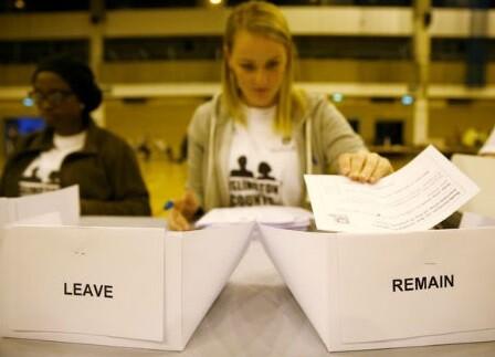 La propuesta de dejar el bloque europeo de 28 naciones superaba por más de 900 mil votos.