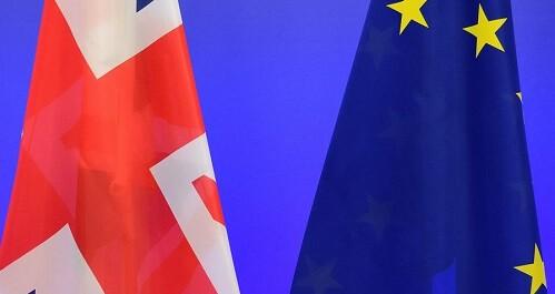 La salida del Reino Unido de la UE solo aventaja a la permanencia en un punto en las encuestas.