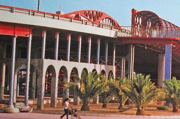 Las obras previstas por Aguas de Alicante en Dr. Jiménez Díaz evitarán las inundaciones en el Puente Rojo.