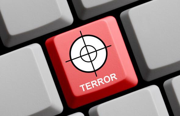 Los terroristas aumentan su actividad en las redes sociales semanas antes de que actúen. / Fotolia