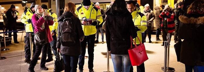 Los viajeros procedentes de Dinamarca deben mostrar un documento de identificación válido para poder entrar en Suecia.