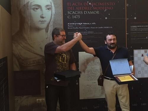 Luis Zaragozá y Miguel Uris (Zahúr), los grandes triunfadores del certamen del virrey.