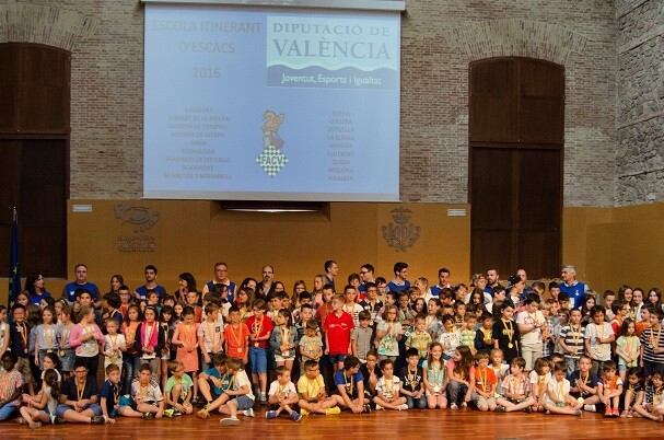 Más de 200 alumnos acudieron a la clausura de la escuela itinerante de ajedrez 2016 Diputación de Valencia