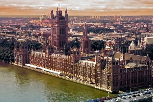 Más de un millón y medio de firmas piden al Parlamento británico un nuevo referéndum sobre la Unión Europea.