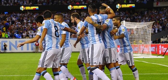 Messi completó un triplete frente a los panameños.