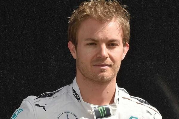 Rosberg se impone en el Gran Premio de Europa en Bakú.