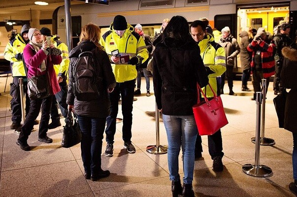 Suecia mantendrá hasta noviembre el control de viajeros llegados desde la frontera danesa.