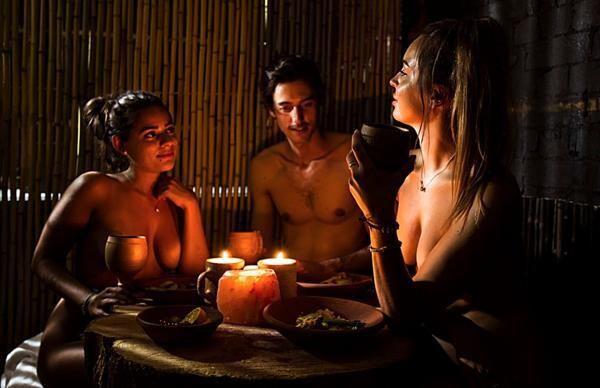 The-Bunyadi-Londons-Naked-Restaurant Cómo es el novedoso restaurante nudista de Londres (7)
