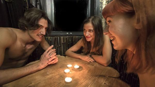 The-Bunyadi-Londons-Naked-Restaurant Cómo es el novedoso restaurante nudista de Londres (9)