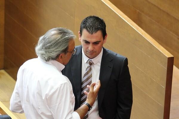 Toni Subiela advierte al tripartito de que 'las prisas para abrir la nueva RTVV pueden convertirla en una chapuza histórica'.