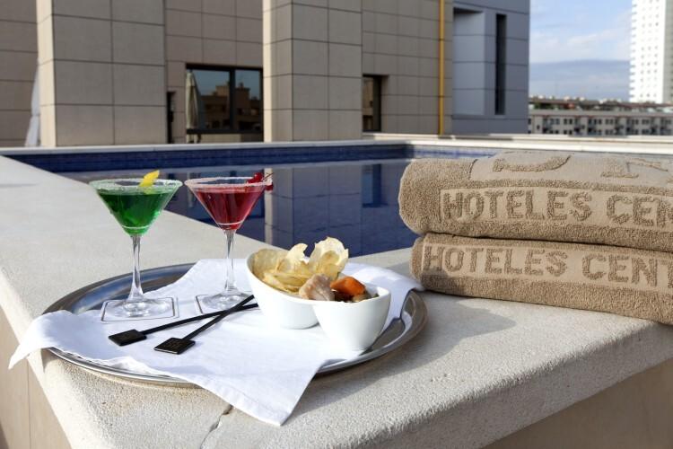 VALENCIA CENTER-PISCINA Hoteles Center ofrece un espectacular recorrido por sus mejores terrazas (2)