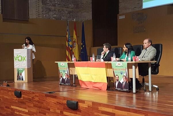 """Vox Valencia apela al voto """"valiente"""" de la sociedad valenciana ante el """"voto del miedo y el del odio""""."""