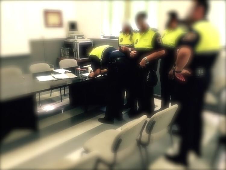firmas no ley policias