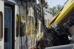 Ascienden a 20 los muertos en Italia por el choque de trenes.