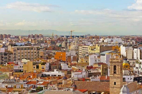 El Ayuntamiento convoca la adquisición pública de 24 viviendas para destinarlas a alquiler social.
