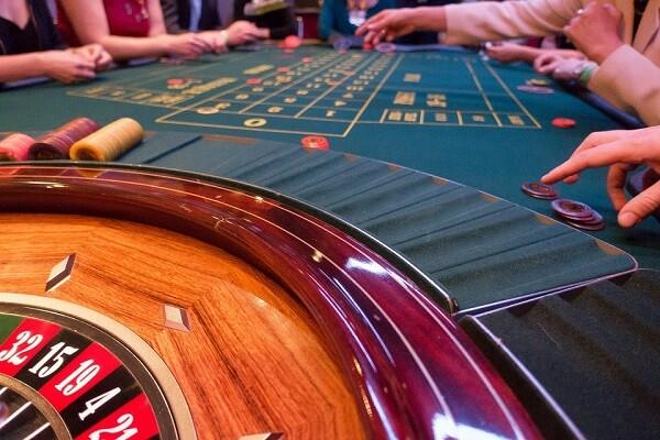 El Casino de Valencia apuesta por el humor, la música y la gastronomía. (Imagen-Julián Fernández).