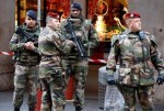 El gobierno francés convoca a  25.000 reservistas tras ataque en Niza.