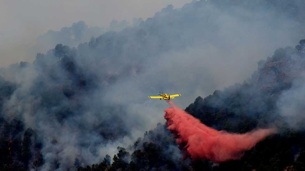 El incendio de Artana, en Castellón, afecta a 1.400 hectáreas y se investiga si fue por una quema de rastrojos