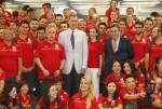 Felipe VI despide al equipo olímpico que viaja a Río de Janeiro.