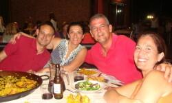 Ignacio Ochoa, junto a su mujer Paula Artes, Cote Juan Senabre
