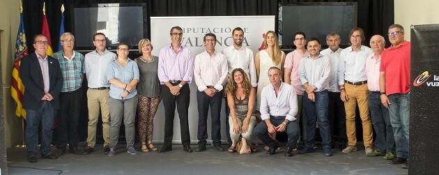Jorge Rodríguez, y el director general de la Vuelta, Javier Guillén, destacan el espectáculo deportivo y el potencial turístico de un evento que llega a Valencia el 8 de septiembre. (Foto-Abulaila).