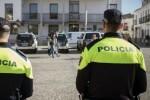 La Policía Local invierte 200.000 euros para que cada agente disponga de su propia emisora portátil.
