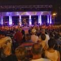 La actuación de Melòmans abre el ciclo de los espectáculos de la Gran Fira de València en los Jardines del Palau.