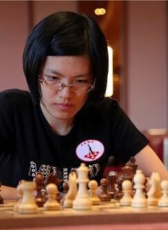 La campeona del mundo de ajedrez Hou Yifan.