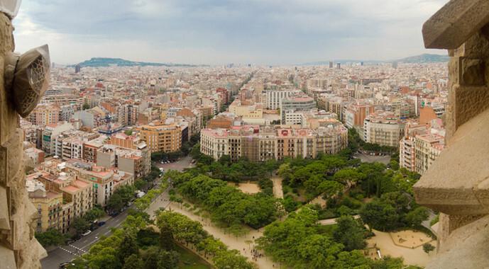"""La investigadora ha realizado un estudio piloto sobre la """"gentrificación verde"""" en la ciudad de Barcelona. / Danny Navarro"""