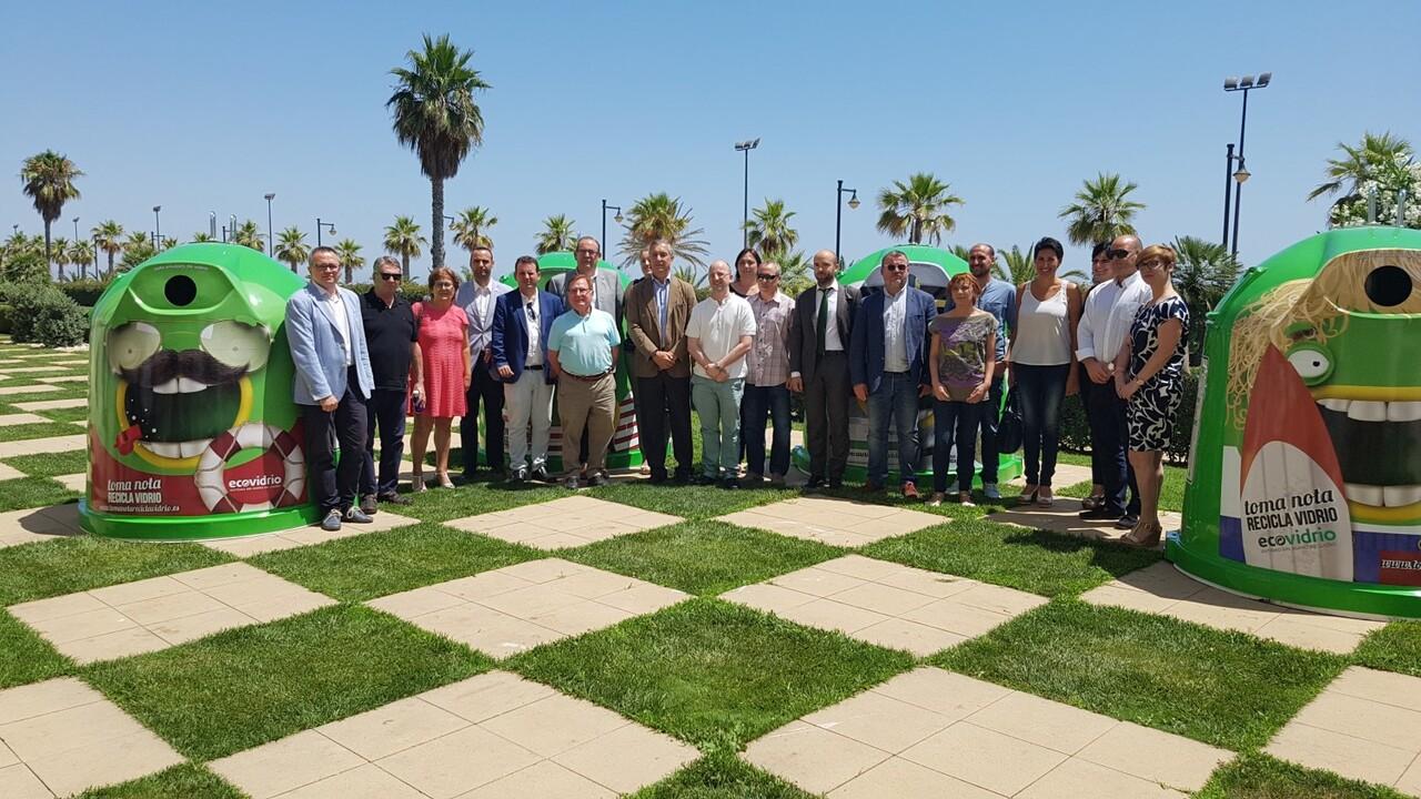 Más de 2.700 bares y restaurantes y 26 municipios valencianos se unen al plan integral para promover el reciclaje de vidrio en verano 20160705_123647 (15)