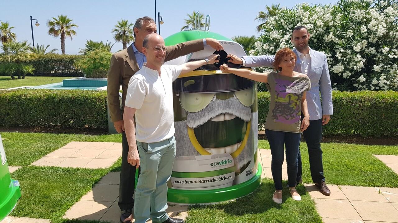 Más de 2.700 bares y restaurantes y 26 municipios valencianos se unen al plan integral para promover el reciclaje de vidrio en verano 20160705_123647 (17)