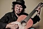 Raimundo Amador cierra mañana un mes de música en los Jardines de Viveros.