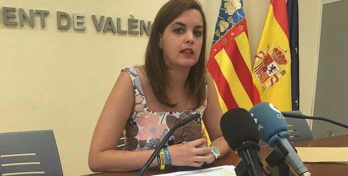 Sandra Gómez confirma que las inversiones en renovación de material llegan a los 3 millones de euros.