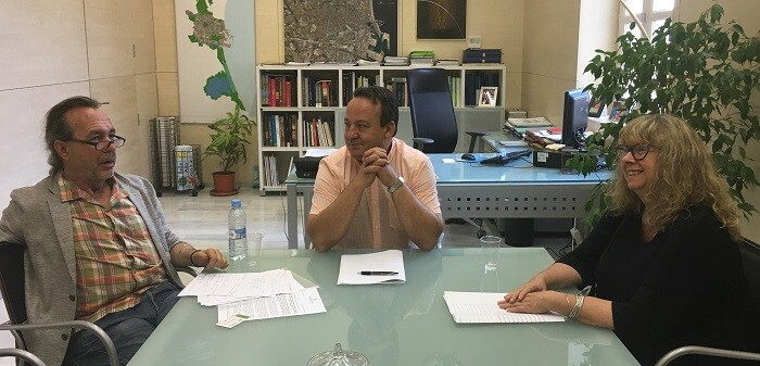 Sarrià se reunió con la Plataforma Salvem el Cabanyal.