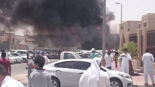 Varios vehículos se incendiaron en el lugar d ela explosión.