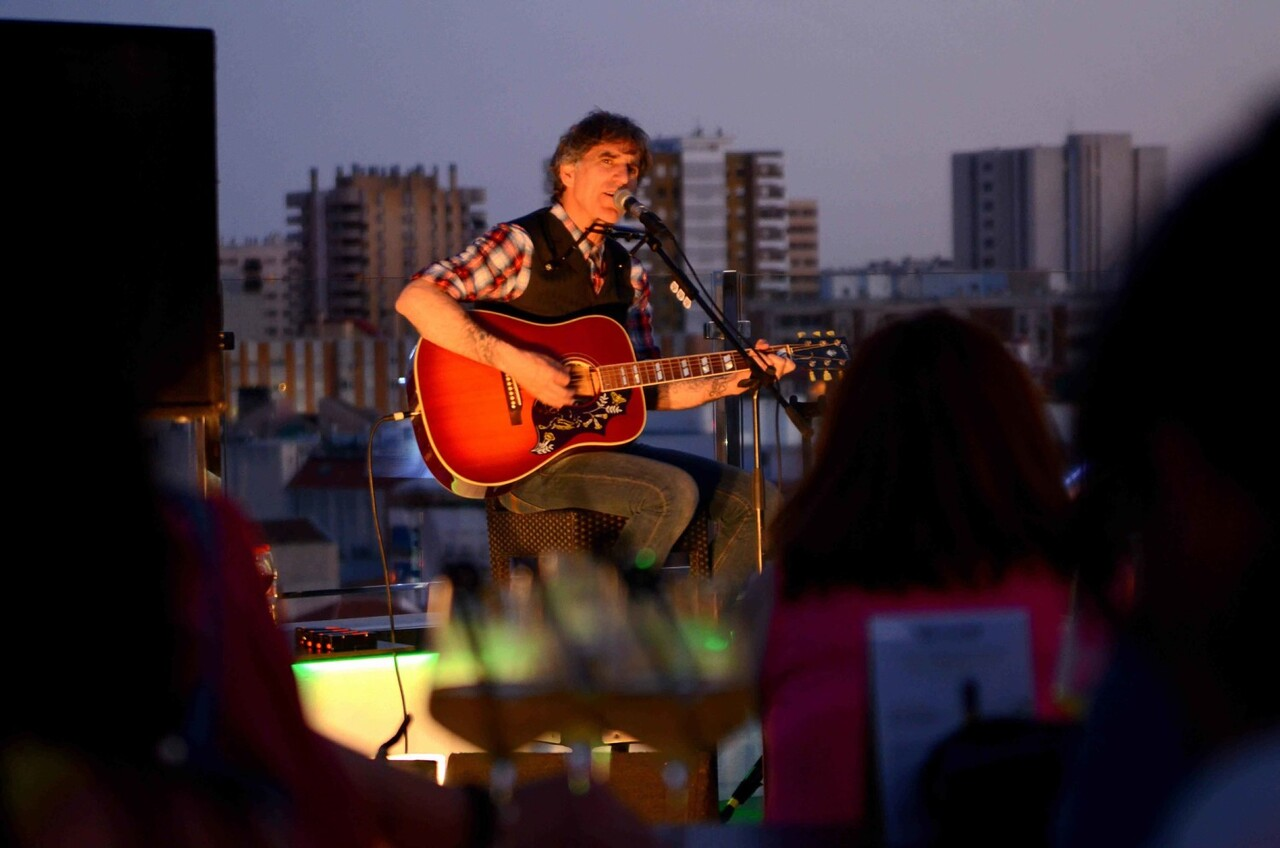43 LIVE THE ROOF _ Mikel Erentxun _ Málaga (1)