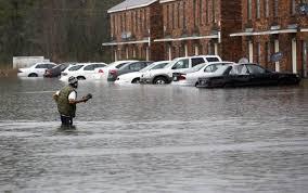 8.000 personas permanecían en albergues habilitados en la zona afectada.