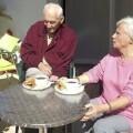 Cerca de 10.000 personas mayores participan de los programas 'Vacaciones Sociales' y 'Coneix la teua Comunitat' en 2016.