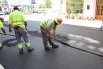 El Ayuntamiento programa 10 obras de asfaltado en agosto.