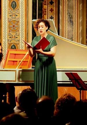 Harmonia del Parnàs interpreta obras anteriores al 1800 con instrumentos y criterios históricos.