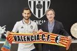 01-08-2016, Firma Martin Montoya. Oficinas Valencia CF, Valencia