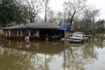 Ocho son ya los muertos por las inundaciones en Luisiana.