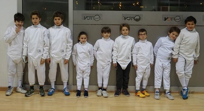 Para niños entre 6 y 14 años durante el mes de septiembre los martes y jueves en el Polideportivo Dr. Lluch.