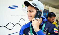 RIO DE JANEIRO, NEW ZEALAND - AUGUST 03:  Hersony Canelon of Venezuela receives his Samsung Galaxy S7 edge Olympic Games Limited Edition at the Samsung Galaxy Studio in the 2016 Olympic Village on August 3, 2016 in Rio de Janiero, Brazil.  (Photo by Hagen Hopkins/Getty Images) *** Local Caption *** Hersony Canelon