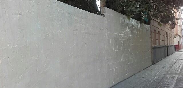 Se han pintado alrededor de unos 3.000 metros cuadrados de superficie.