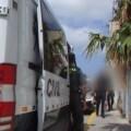 Detenido a un varón por robo con violencia en tres gasolineras y un comercio en Sueca