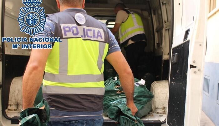 almacenaban-en-valencia-mas-de-300-kilos-de-cocaina-y-150-de-marihuana-que-pretendian-distribuir-de-forma-inminente